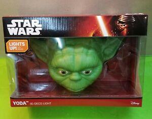 Star Wars Yoda 3D Deco Wall Art Disney Light Lamp Brand New and Factory Sealed
