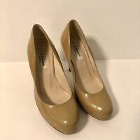 LK Bennett Women's London Beige Patent Leather Heels Pumps Sz 38 Sz 7 EUC
