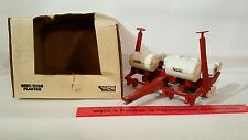 White 5100 Seed Boss Planter 1/16 diecast farm implement replica by Scale Models