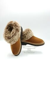 Isotoner Woodlands Womens Faux Fur Boot Slippers Size 7.5-8 PreOwned