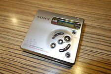 Sony R501  MD Minidisc  Walkman + MD (919) Silber