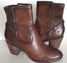 Frye Women's Lucinda Scrunch Short Dark Brown Boot NIB Size 7.5M