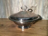 Vintage Oneida Silver Plate Warming Dish With Pyrex Bowl Insert Silverplate H8