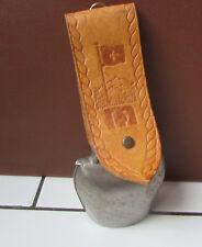 Cloche sonnaille  deco metal et cuir