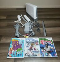 Nintendo RVL-001 Wii Console - Bundle W/ Controller + Nunchuck & 3 Games TESTED