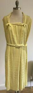 """Fabulous True Vintage 1950's/1960's Lemon Rembrandt Dress, pit to pit 23"""" approx"""