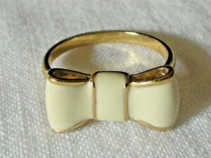 Kate spade Sz 8 Take A Bow Cream & Gold Plate Bow Ring Cream Enamel