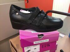 Ladies Black Leather Shoes Size 5