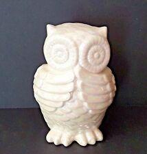 "White Ceramic Pearl Owl - 6 1/2"" x 4 1/2"""