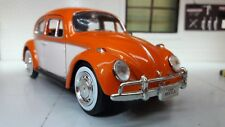1:24 Scale VW Classic Beetle 1300 Car Motormax Diecast Model 1966 & Luggage Rack