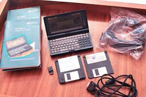 HP 200LX Palmtop PC 2MB DOS w/Serial Manuals Batteries Connectivity Kit and More