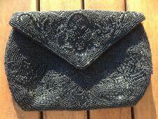 Pochette noire broderie perles bourse sac à main