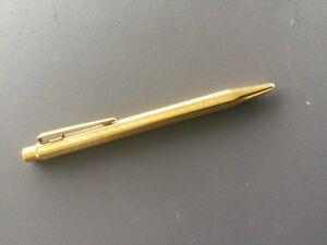 Caran d'Ache Kugelschreiber Gold