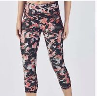 Fabletics Womens Mid Rise Powerhold Capri Leggings Athletic Pink Black Medium M