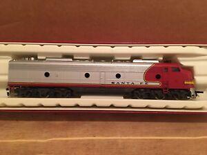 "HO Rivarossi Santa Fe E8 Non-powered ""Dummy"" Diesel Locomotive ATSF"