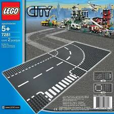 LEGO CITY 7281 T-JUNCTION AND CURVED ROAD BASE PLATES SEALED BRAND NEW