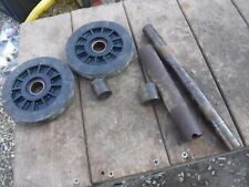 1978 POLARIS SS 340 snowmobile parts: BACK AXLE ASSEMBLY