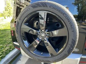 Land Rover Defender 22inch Wheels and Tyres (As New Condition)