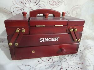 Small Singer Sewing Box w/ Threads & Needles