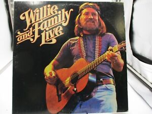 Willie Nelson Willie and Family Live 2X LP KC2 35642 Columbia VG/VG+ c VG/VG+