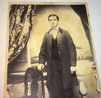 Antique American Civil War Fashion Handsome Young Man, Rhode Island CDV Photo!