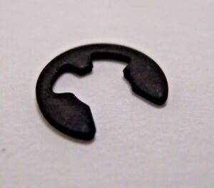 SPEEDOMETER CABLE E CLIP VOLKSWAGEN VW GREASE CAP CLIP  N124342