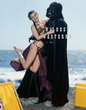 CARRIE FISHER Gag Photo CUTE SLAVE LEIA Sexy STAR WARS Bare Legs DARTH VADER hot