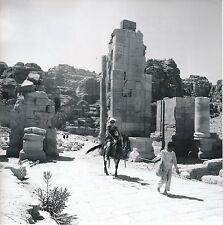 PÉTRA c. 1960 - Enfant Promenant une Touriste à Cheval   Jordanie - Div 6148