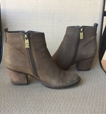 Blondo Vegas 2 Waterproof Ankle Boot Taupe Size 7.5 M