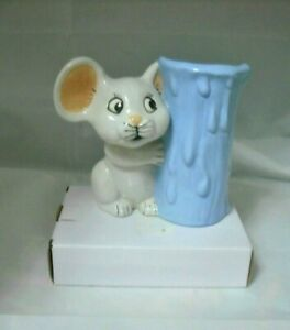 Ceramic Vase Baby Blue With White Peek-A-Boo Mouse  Vintage 1970's