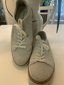 Allen Edmond perforated suede derby shoe Size 9 1/2 Off White