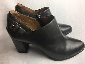 Clarks Artisan WomensSize 8 M High Heel Booties Ankle Boot Dark Gray Leather Zip