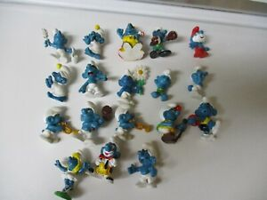 Lot of 18 Vintage Smurf PVC Figures