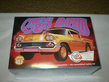 AMT 58 CHEVY IMPALA MOLDED IN GOLD 1/25 SCALE CUSTOMIZING KIT AMT946/12 NEW
