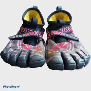 Vibram 5 Finger Water Aquatic Shoes W6453 Grey Pink Size Eur. 39- Five Fingers
