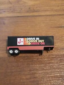1981 Matchbox Premiere Collection RIGS Series Trailer Jiffy Lube (Trailer Only)