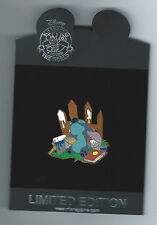 Disney Stitch Painting Fence Lazy Days of Summer Series LE 250 Pin