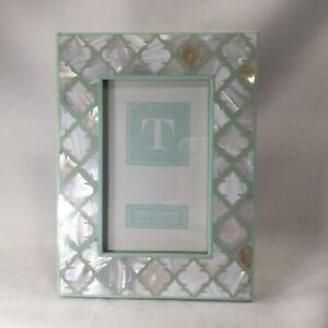 Two's Company Light Green with Mother of Pearl Picture Photo Frame 4 x 6""