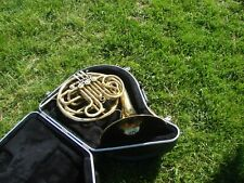 KING 1159 DOUBLE FRENCH HORN GREAT PLAYER,,GOOD COMPRESSION  CASE