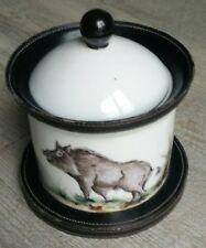 Pot a tabac ancien porcelaine et cuir  décor sanglier / Chasse.Peint à la main.