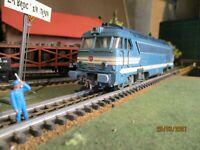 Fleischmann échelle ho Motrice diesel de la SNCF Type 68001 réf.4280 (1)