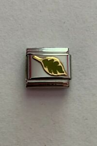 Nomination Classic Gold with Green Enamel Leaf
