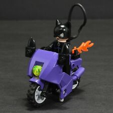 LEGO DC Batman Catwoman Minifigure with Motorcycle 7779 Batman Dragster