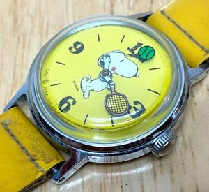 VTG Snoopy Play Tennis By Timex Silver Yellow Hand-Wind Mechanical Watch Hours