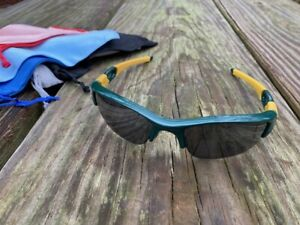 Oakley Flak Jacket 1.0 MLB Oakland A's unique Green and Yellow (w/ etched lens)