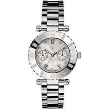 Gc I47502L1  Ladies Diver Chic S/S MOP Day Date dial bracelet watch £510
