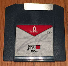 IOMEGA 250MB Zip Disk (Discontinued by Manufacturer)