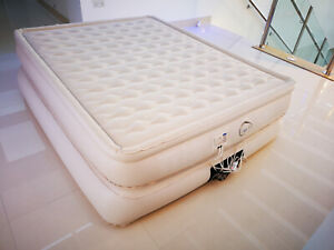 Aerobed Ultra Divan - King Size Airbed with Built-In Electric Pump - Used Once
