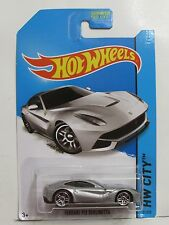 HOT WHEELS 2014 HW CITY - SPEED TEAM FERRARI F12 BERLINETTA