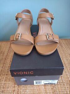 Vionic Women's Tan Sandals ,Size 5 Wide, Style Port Frances